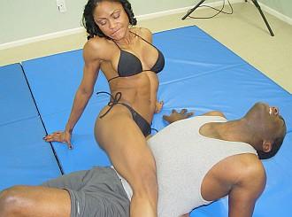 Roxy vs Darrius Mixed Wrestling