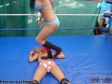 Raquel-vs.-Shelly-030