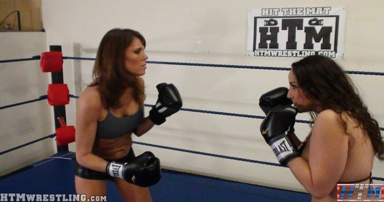 Foxy Boxing Catfight Topless