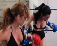 Foxy boxing women