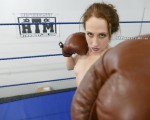Luna Lain Nude Boxing