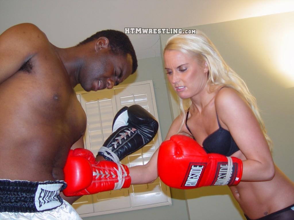 Amanda vs. Darrius (5)